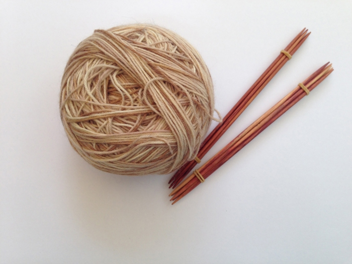 Rowan Fine Art and knitting needles from Holz und Stein
