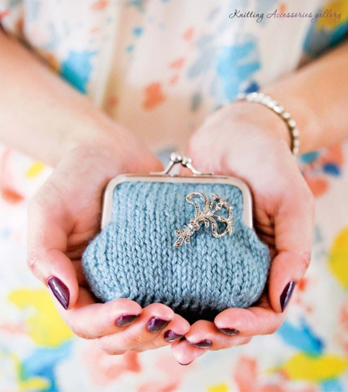 Coin Purse by Jessica Biscoe