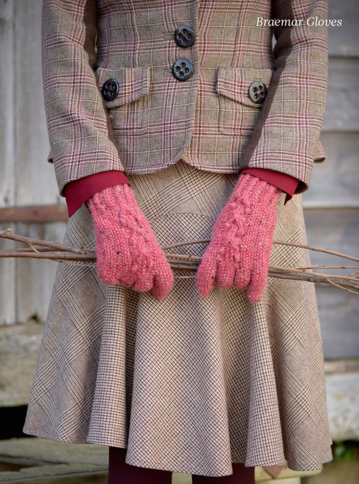 Braemar Gloves by Amanda Crawford