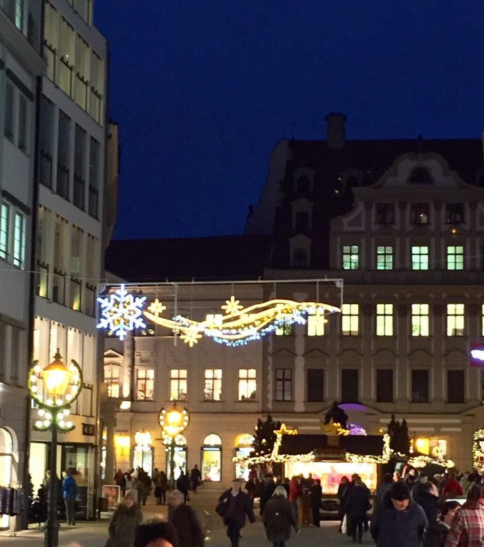 Christmas decoration, Philippine-Welser-Str., Augsburg