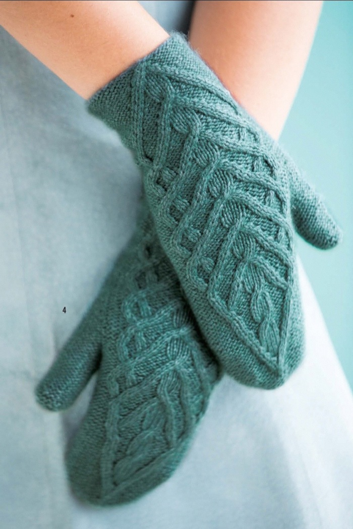 Traveling Cable Mittens by Olga Rych